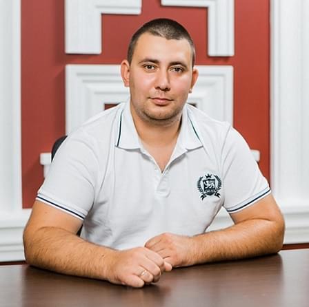 Жданов Руслан